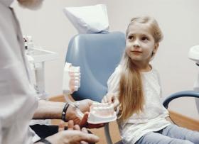 Как лечат детские зубы в Mira?
