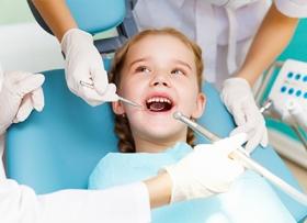 Какие есть методы выравнивания зубов и исправления прикуса у детей?