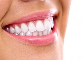Что такое Air Flow и зачем нужна чистка зубов ультразвуком?
