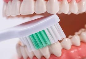 Акция на чистку зубов в Красноярске